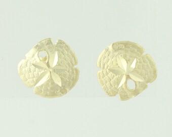 Sand Dollar Stud Earrings - 14k Yellow Gold Pierced Q4360