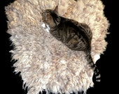Wool Cat Bed Sheep-friendly Felted Fleece Pet Bed - Mioget Shetland - Supporting American Small Farms - Ready to Ship