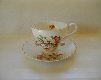TEACUP, Vintage CROWNFORD Fine Bone China  Teacup