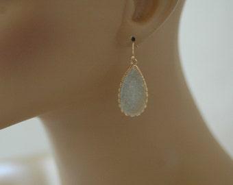 Dangle Earring, Light Gray Druzy Earrings, Gold and light gray arrings, Drop earrings, Gift for her, Summer earrings