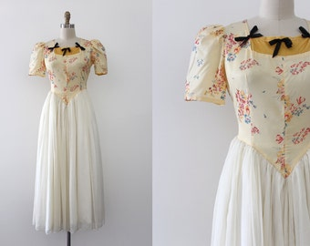 vintage 1940s dress // 40s yellow floral gown