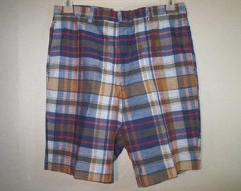 1960's Bermuda Shorts // Madras Plaid // KORATRON...34 waist