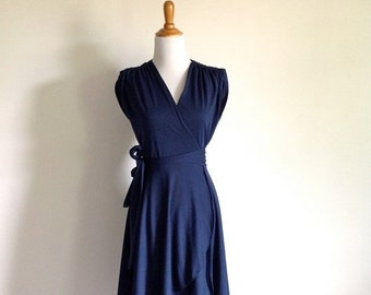 25% SALE Flowing Navy Wrap Dress - Vintage 70s 'Samuel Blue' Dress - Size Small to Medium
