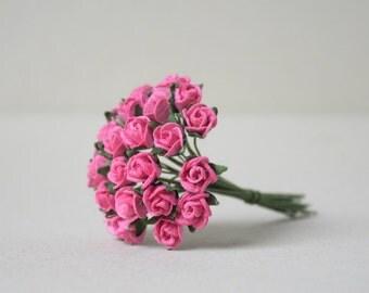 8  mm /  20 Hot  Pink  Paper  Rosebuds