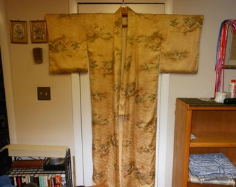 EXQUISITE EDO Era    Vintage Japanese silk Kimono Rinzu woven leaf pattern  Dyed shades of Gold Rust Red,Brown Green  measurements below