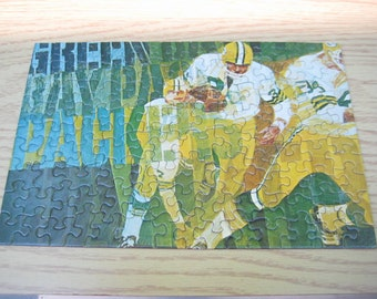 Vintage 1971 Green Bay Packers Springbok Puzzle, JigSaw Puzzle in Original Box, Great Graphics, Hallmark Cards Collectible NFL Puzzle