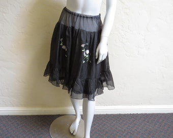 Darling Vintage 50s Embroidered Chiffon Petticoat Skirt