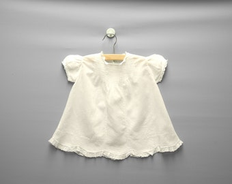 Vintage Baby Clothes, 1940's White Embroidered and Lace Baby Girl Dress, White Baby Dress, Vintage Baby Dress, Size 9-12 Months