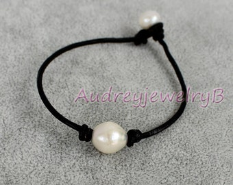 Leather pearl Bracelet, Freshwater pink pearl, Black Leather Pearl Bracelet Mother's day gift, friends gift ,wedding gift