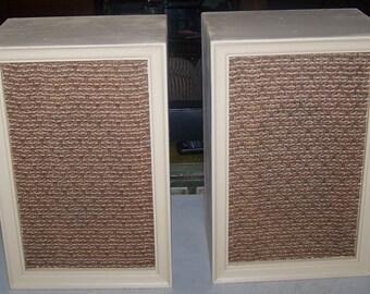 Vintage 1960's Pair of Wooden Bookshelf Speakers