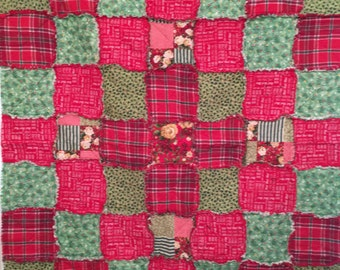 Holiday Times Christmas Rag Quilt