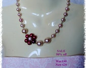 SALE - Faux Pearl Necklace