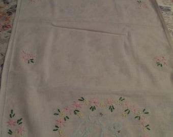 Vintage Embroiderd Runner Bluebirds Pink Daisies
