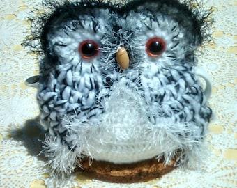Owl Teapot cozy Hand crocheted Tea Cozy Black & White acrylic yarn