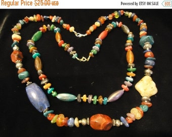 Now On Sale Vintage Beaded Necklace Lucite Jewelry 1960s 1970s Mad Men Mod Retro Rockabilly Glamour Girl Style Collectible