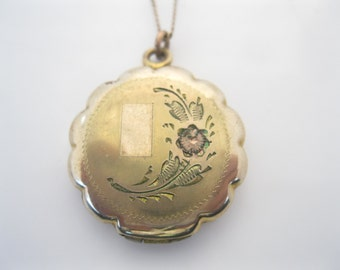 Antique gold fill picture locket by La Mode