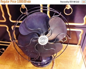"Lamp Sale 1920's EMERSON OSCILLATOR FAN 10"" Type 6250  Black Metal Excellent Working Condition  Desk or Wall Mount Industrial Decor"