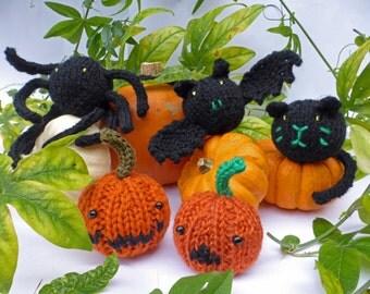 KNITTING PATTERN in PDF - Halloween Baubles - Cute Softies