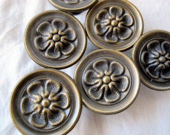 Vintage antiqued brass finish floral drawer pull knobs (choice of quantity) / flower patter metal knobs