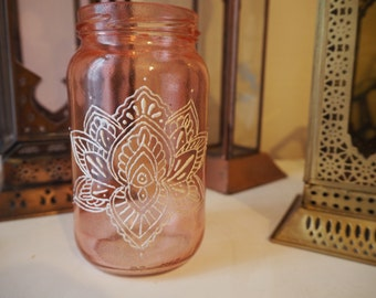 red and white lotus flower jar