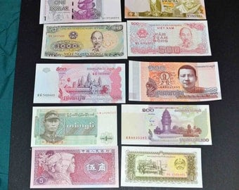10 banknotes from around the world All Uncirculated