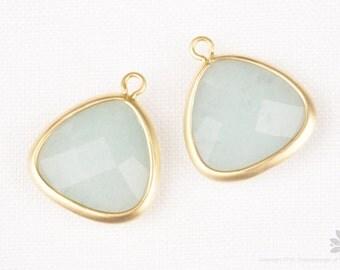 F105-02-MG-MT// Matt Gold Framed Mint Aventurine Glass Stone Pendant, 2pcs
