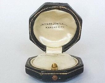 Fine Green Gilt Ring Box Art Deco Leather Velvet Jewelry Wedding Display Push Button Vintage Kansas