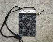White Dotted Flowers on a Black Background with Front Zipper Closure Small Crossbody/Shoulder Cell Phone Purse/Bag