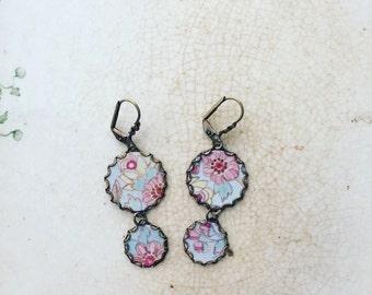 "Tin Jewelry Earrings ""Heirloom"" Tin for the Ten Year Tenth Wedding Anniversary"