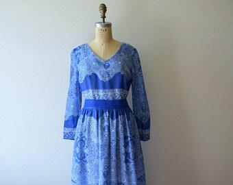 SALE . 1970s dress . vintage 70s blue and white boho dress