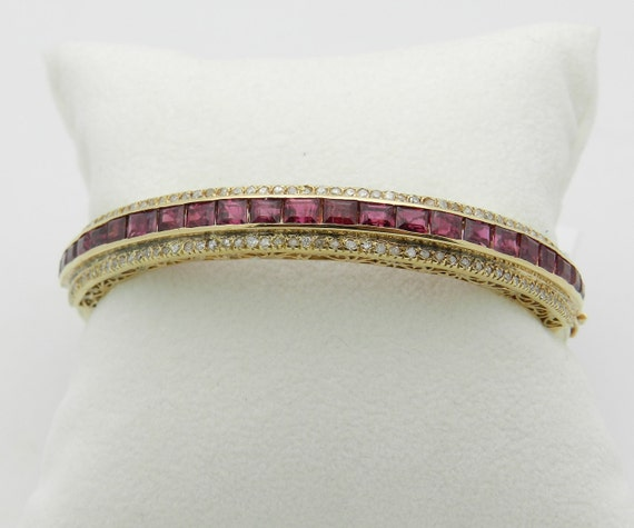 4.75 carat Diamond and Ruby Bangle Bracelet Vintage Antique 18K Yellow Gold
