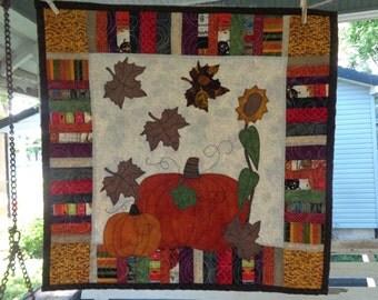 Fall Quilt,  Pumpkin Wall Quilt, Harvest Quilt 0528-04