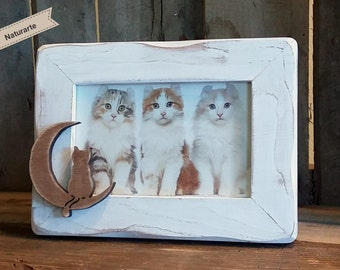 "Picture frame ""Cat on the moon"""