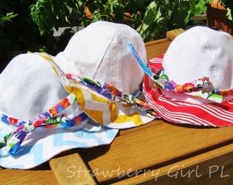 Reversible Sun Hat Polish Flowers