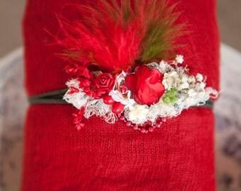 Beautiful Christmas Newborn Headband 2 piece Swaddle set for 1st Photos Red Green 4 foot Newborn Swaddle gauze set open Weave 100% cotton