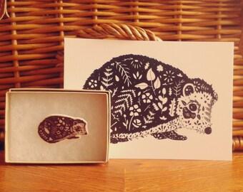 Hedgehog brooch // Wearable art // Hedgehog Jewellery // Hedgehog Art // Nature jewellery // Illustrated brooch // Hedgehog drawing// xmas