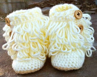 Furrylicious Cream Booties with Buttons - 6-12 months