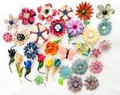 Vintage Enamel Flower Brooches Lot of 30