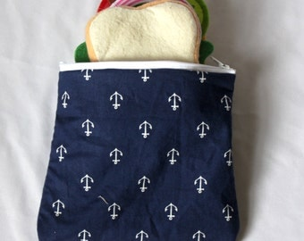 "Reusable sandwich bag, snack bag in navy anchor print 7""x6.5"""