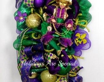 Mardi Gras Wreath, Mardi Gras Swag, Carnival Wreath, Jester Wreath, Deco Mesh Mardi Gras Wreath, Fat Tuesday Wreath