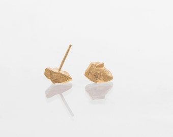 Post earrings, Gold nugget studs, Small studs, Raw earrings, Gold stud earrings, Unique gold earrings, Chic gold earrings, Stylish earrings