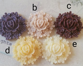 20 mm  Resin Flower Cluster Cabochons (.sa)
