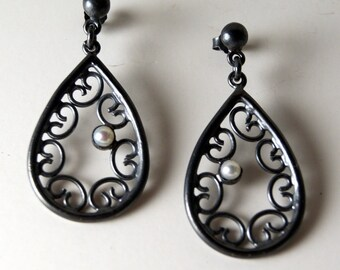 Venetian Drop Earrings - Pearls and Oxidized Sterling Silver