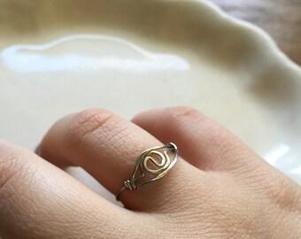 Vintage Sterling Silver Artisan Handmade Modern Abstract Hammered Ring DESTASH AS IS