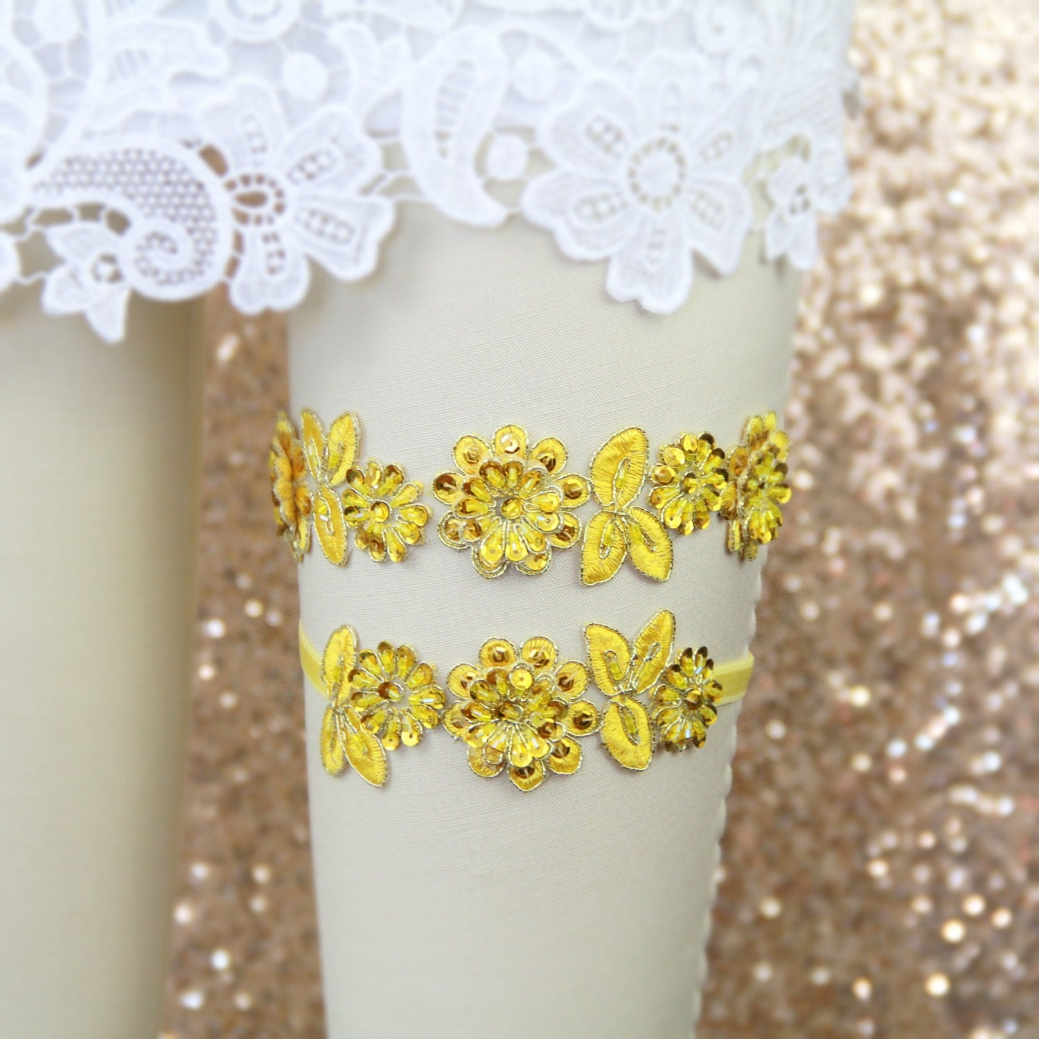 Yellow Beaded Flower Lace Wedding Garter SetYellow Bridal