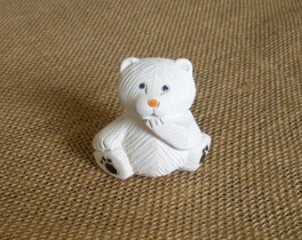 Handmade Artesania Rinconada Collection Retired Baby Polar Bear Figurine Uruguay