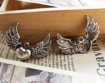 10pcs 37×27mm antique silver  heart wing flyer charms pendant B220