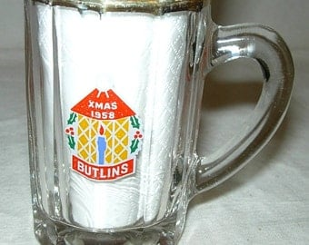 Vintage Xmas 1958 Butlin's Holiday Hotels Mini Glass Stein Mug Tankard 1950s Vacation Souvenir -E