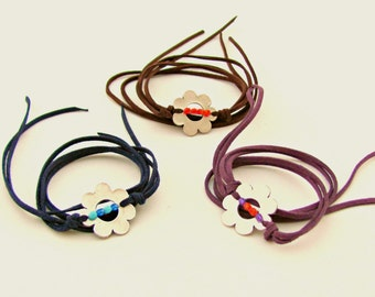 Party Favors, Bridesmaid Gifts, Set of 3 leather accessories, Bulk Jewelry, Choker, Bracelet, Flower Lariat Necklace