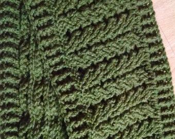 Green honeycomb scarf